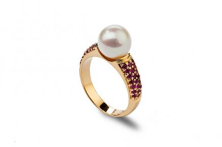 White Freshwater Pearl Ruby Ring