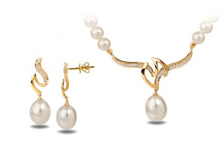 White Freshwater YG Dione Pearl Set 9.00 - 10.00mm